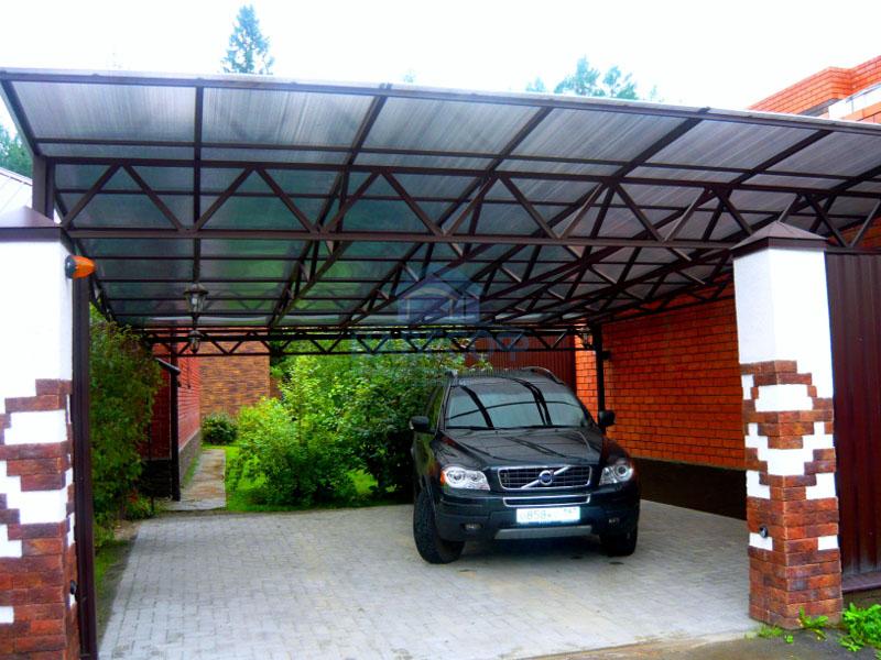 Навесы из поликарбоната для автомобилей.